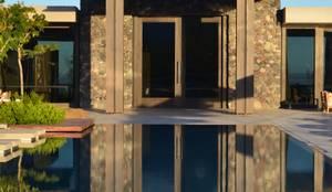 The Vines Resort & Spa  | Main Building: Hoteles de estilo  por Bórmida & Yanzón arquitectos