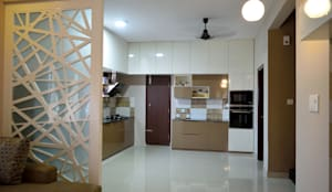 Interior: modern Kitchen by Dream Touch