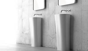 Lyra: minimalistische Badezimmer von ZICCO GmbH