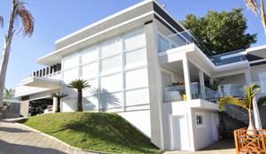 Casa de Campo: Casas modernas por Andréa Generoso - Arquitetura e Construção