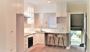 Studio Kitchen :  Built-in kitchens by Zingana Kitchens and Cabinetry