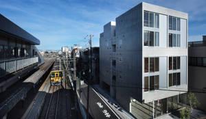 西東京市の集合住宅: ピークスタジオ一級建築士事務所が手掛けた家です。