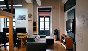 Oficinas All Arquitectura: Estudios y oficinas de estilo moderno por All Arquitectura