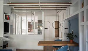 Residenza Nuovo Salario_ Roma: Soggiorno in stile in stile Moderno di Archenjoy - Studio di Architettura -