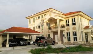 Tampilan Exterior Rumah:  Rumah tinggal  by PT. Leeyaqat Karya Pratama