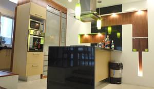 Residencia Polanco: Cocinas equipadas de estilo  por MAGIA ARQUITECTONICA