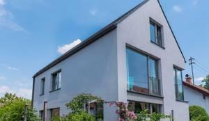 EFH in Weilheim: moderne Häuser von WSM ARCHITEKTEN