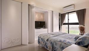 Q:想海量收納,空間又不被壓迫?:  臥室 by 趙玲室內設計