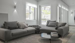 Ristrutturazione interni a Siracusa: Soggiorno in stile in stile Moderno di Santoro Design Render