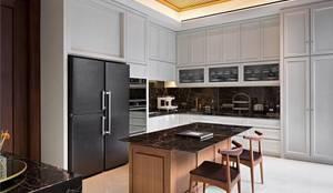 Kabinet Dapur:  Unit dapur by ARF interior