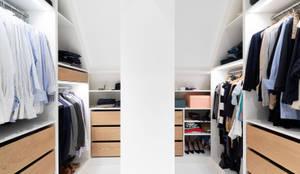 iD Architektur iD Studio의  드레스 룸