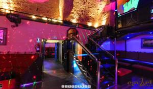 Disco Club Restaurant in Mallorca:  Bars & Clubs von Moreno Licht mit Effekt