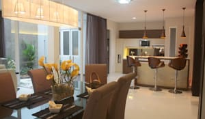 Dapur:  Ruang Makan by Exxo interior