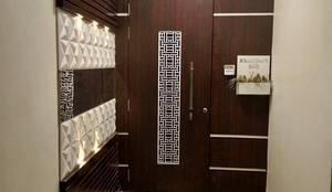 Mr. Yogesh Khanijow:  Corridor & hallway by HOMEDIGILAND SERVICES PRIVATE LIMITED
