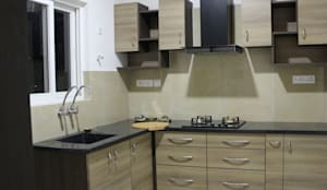 Interiors:  Kitchen units by SSDecor