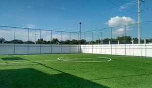 Cancha de Fútbol 7: Casas de estilo  por BP construcciones & acabados