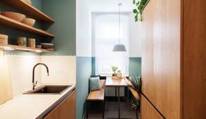 Nhà bếp theo Raini Peters - Interior Design & Styling,