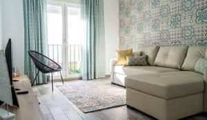 Salon: Salones de estilo  de Housing & Colours