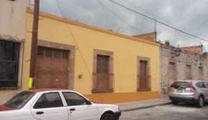 Casa Morelia Remodelación : Casas multifamiliares de estilo  por ARQUITECTOS UNION SC DE RL DE CV