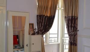 Eldeco - 704, Indrapuram:  Small bedroom by Neun designs Pvt.Ltd.