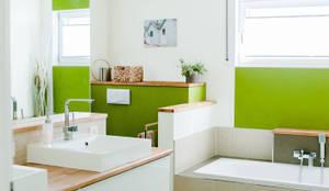 Badezimmer mit Natürlichkeit:  Badezimmer von T-raumKONZEPT - Interior Design im Raum Nürnberg