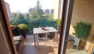 Residenziale - HOME SWEET HOME: Balcone in stile  di Luca Palmisano Architetto,