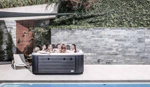Whirlpool für 5 Personen:  Garten von SPA Deluxe GmbH - Whirlpools in Senden