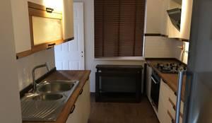 Halif yapı – mutfak:  tarz Küçük Mutfak