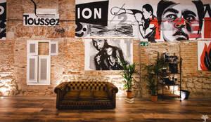 Zona de espera y recepción: Bares y Clubs de estilo  de MEDITERRANEAN FUSION S.L., Industrial Ladrillos