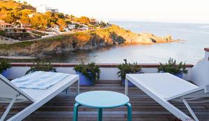 Terraza y entorno: Terrazas de estilo  de Xmas Arquitectura e Interiorismo para reformas y nueva construcción en Barcelona,