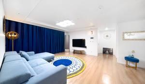 30평 아파트 홈스타일: 제이미홈스타일링의  거실