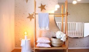 A importância da iluminação na decoração : Quartos  por MIA arquitetos