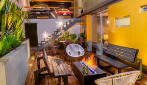 TERRAZA  FLOW HOUSE: Terrazas de estilo  por AMID,