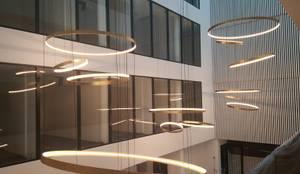 Lichtkonzept Firma Schleifring:  Geschäftsräume & Stores von Licht-Design Skapetze GmbH & Co. KG,
