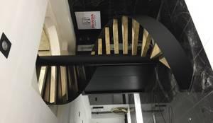 Pİ METAL TASARIM MERDİVEN – OFİS MERDİVEN:  tarz Merdivenler, Modern Demir/Çelik