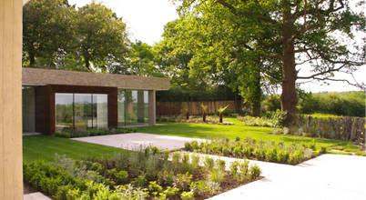 LEES MUNDAY Architects