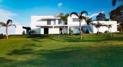 Carlos Salles Arquitetura e Interiores