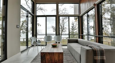 This comfortable weekend house in Winnipeg is loaded with pure sophistication