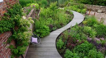 Joanne Willcocks, Gardens by Design