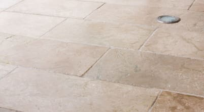 Pietra pavimentazione pietra cemento homify for Case in stile missione