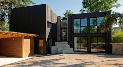 A modern house that's wide and spacious for the big family