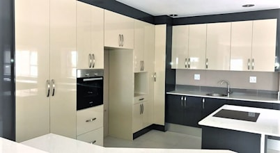 Zingana Kitchens and Cabinetry