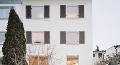 Vorher / Nachher: Modernisierung eines Reihenendhauses in Stuttgart