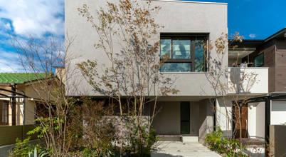 Nhà đẹp Tháng 8: Thiết kế nhà phố 2 tầng hiện đại và ấm cúng