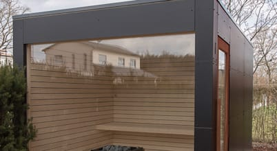 Phantastische Gartensauna mit Panoramaverglasung