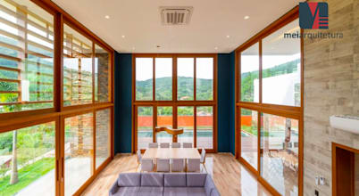 Projeto de Design de Interiores de Casa de Praia no Paraná