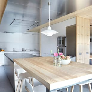 Foto di cucina in stile scandinavo di coblonal arquitectura