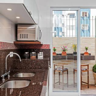Soluzioni Per Cucine Piccole. Beautiful Idee Di Design Di ...