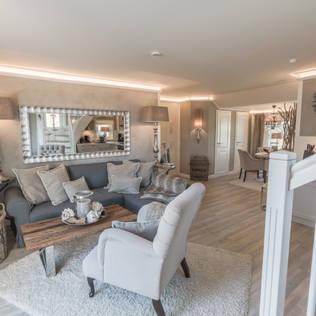 Ferienwohnung HOME Suites Scharbeutz:  Hotels von HOME Einrichtung & Lifestyle,