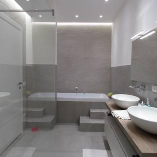 Bagno - Bagno moderno grigio ...